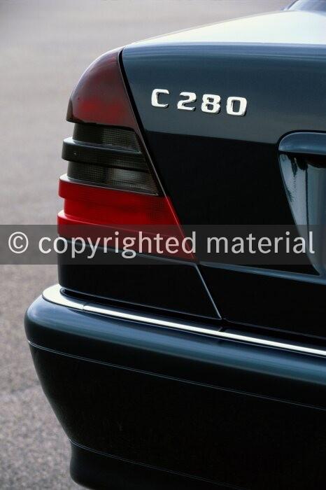 Mercedes Benz 200 220 200 280E 230 Saloon Front 3 Point Automatic Seat Belt Kit