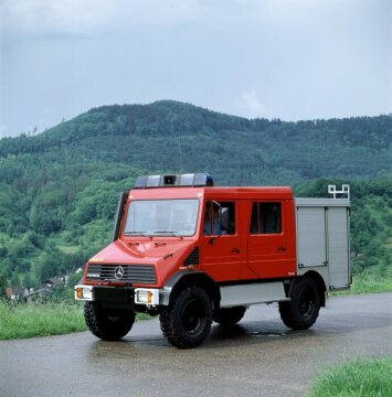 Unimog U100L, model series 408 compact fire engine KLF 2000 with Merex body