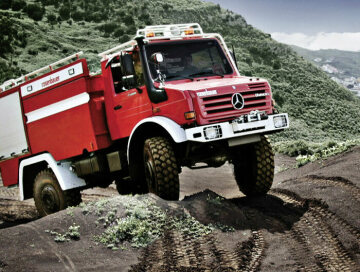 Unimog U4000, model series 437.4 forest fire engine with Rosenbauer body, used in Spain.