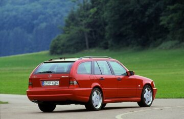 Mercedes-Benz C 43 AMG station wagon from 202 series.