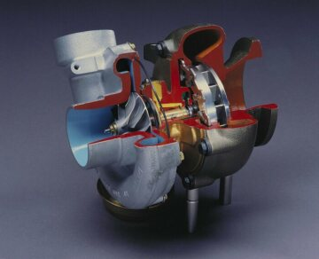 A new turbocharger with variable turbine geometry ensures high power and forceful troque.