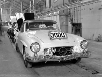 Mercedes-Benz 190 SL Coupé W 121 series The three thousandth vehicle rolled off the production line in March 1956.
