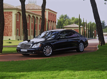 With its high-performance character, the Maybach 57S meets the exclusive wishes of demanding customers, who are passionate about cars and wish to drive their Maybach themselves.  The sporty character in the 57S is ensured by the 6.0-litre-V12 biturbo power unit with 450 kW/612 hp and a peak torque of 1000 Newton metres, which has been further refined by Mercedes-AMG. In addition, there is the tauter chassis configuration. This combination is set up to provide the Maybach 57S (S for special) with luxury and driving dynamics at the highest stage. Characteristic exterior features of the Maybach 57S are the more powerful radiator grill design, the redesigned front light units, impressive 20-inch spoke wheels as well as a monochrome colouring in black or silver which is exclusively available for the 57S, 62 S and Landaulet. In the interior, carefully matched fine piano lacquer and sporty carbon coatings as well as three newly designed leather trims emphasize its elegant and dynamic features.