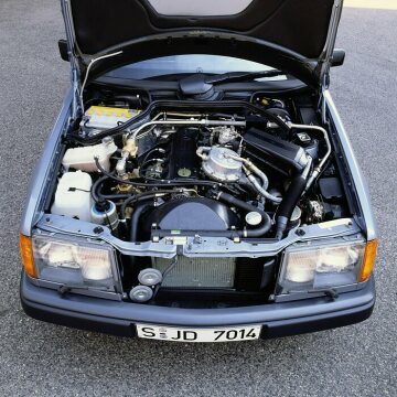 Mercedes-Benz 230 E with hydrogen drive