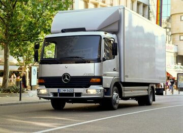 Mercedes-Benz Atego 815 short-radius distribution truck of 1998