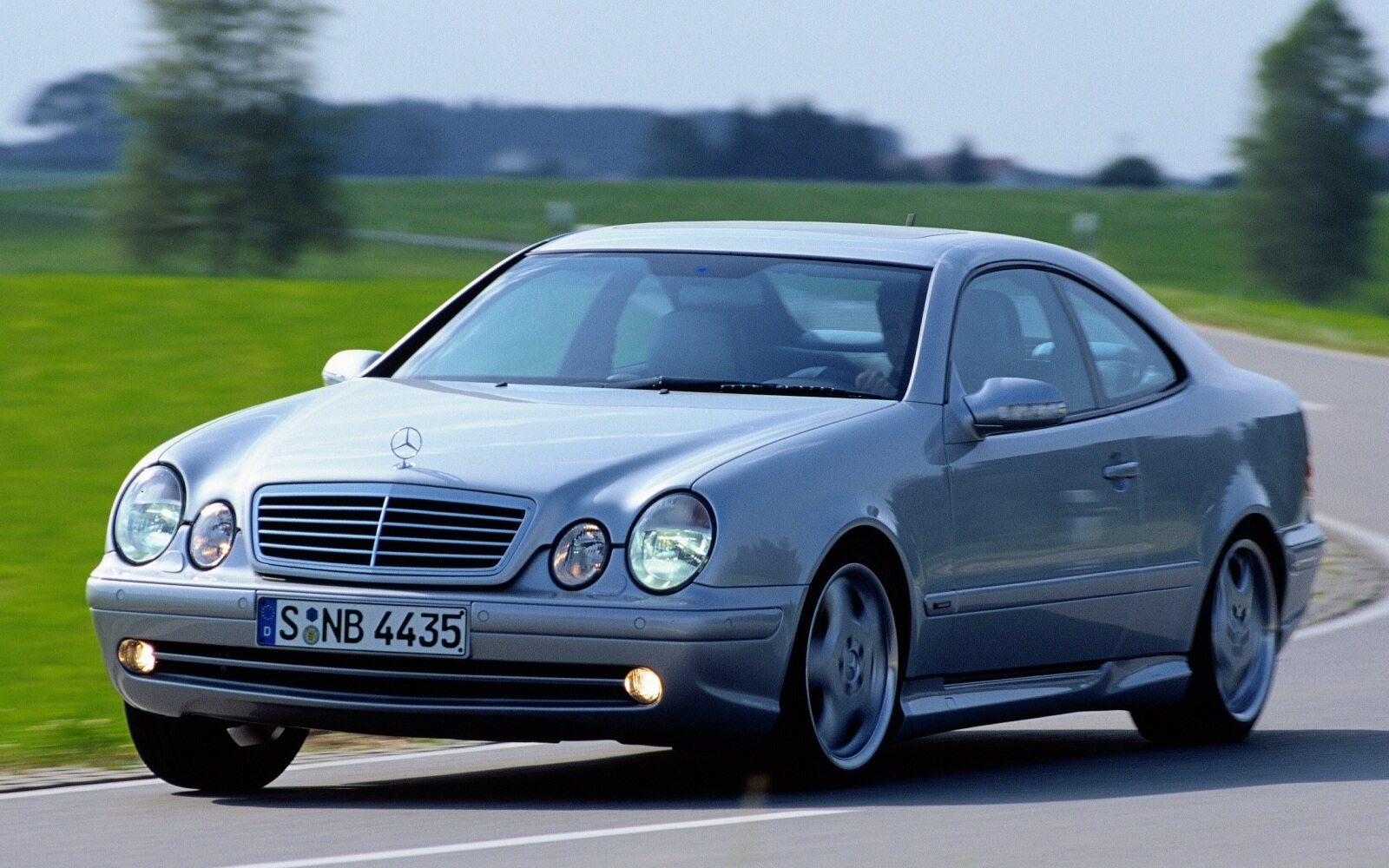208 Series Clk Class Coupes 1999 2002 Media Database